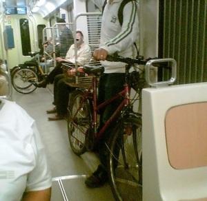 bici dentro il tram